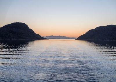 sailing-in-narrow-channel-to-anchorage-at-60d-48-6n-047d09-7w-28-09-4