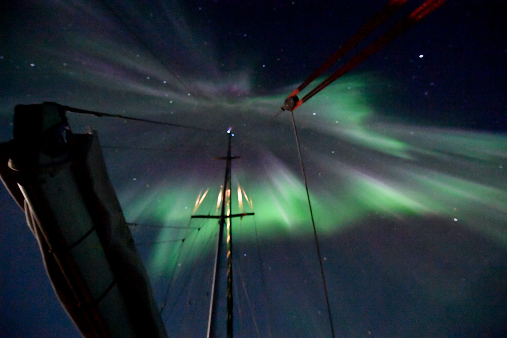 The north poles wicked weather watch the most amazing show of the northern lights aurora borealis happens inside an oval ring centered around the geomagnetic north pole sciox Image collections